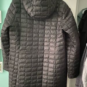 The North Face- Women's Thermoball Parka